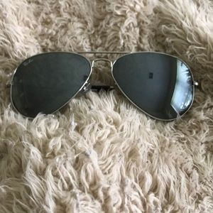 Ray-Ban Aviators with Silver Frame
